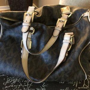 💯 Authentic Michael Kors Handbag